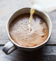 Trabaja relax con un rico Mocha Coffee hecho por ti